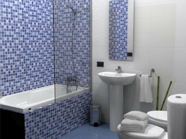 Сочетая сразу несколько размеров плитки для дизайна ванны, вы сможете придать ей изысканности