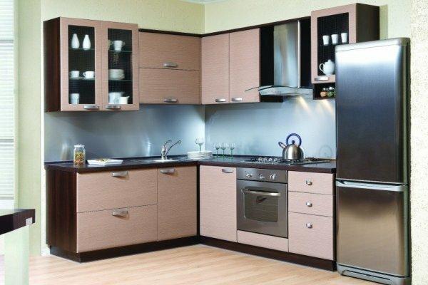 Любители минимализма смогут с легкостью развернуться на маленькой кухне