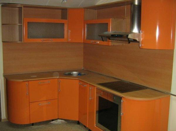 Последние 10 лет свою популярность не теряют встроенные плита с духовым шкафом