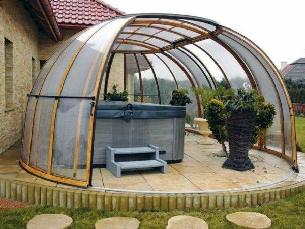 Беседка-шатер из прозрачного поликарбоната