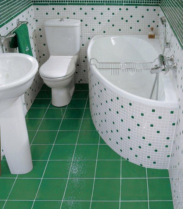 Зеленый совмещенный туалет с мозаикой