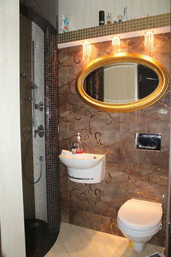 Кофейный туалет в стиле модерн