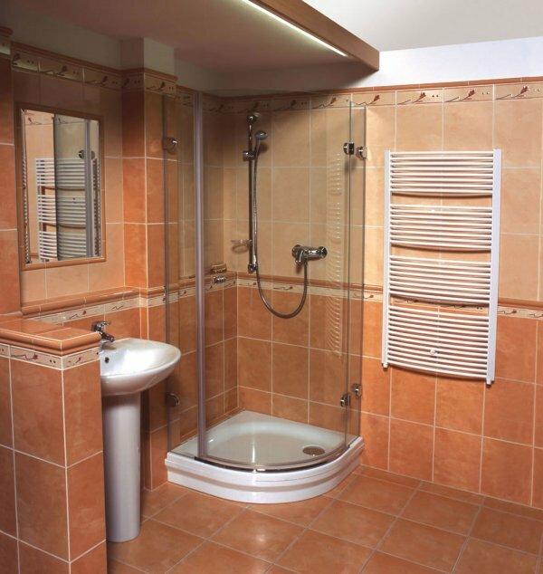Терракотовая ванная с душевой кабиной