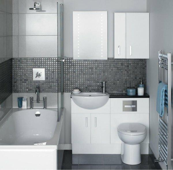 Серый совмещенный туалет с мозаикой