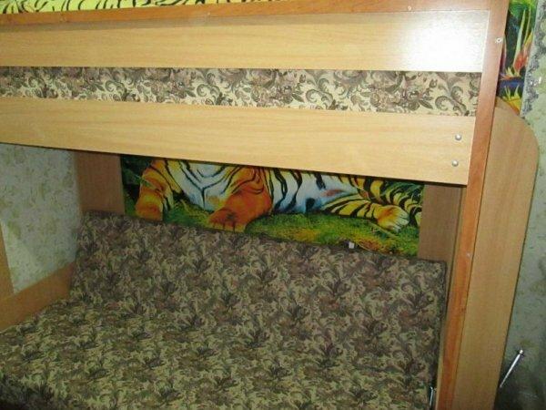 Угловая кровать – чердак для подростка