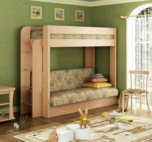Классическая кровать-чердак для девочки