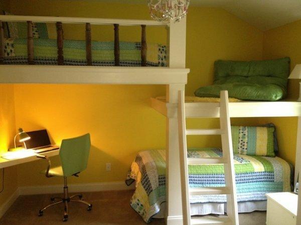 Оригинальная кровать-чердак в 2 с половиной этажа