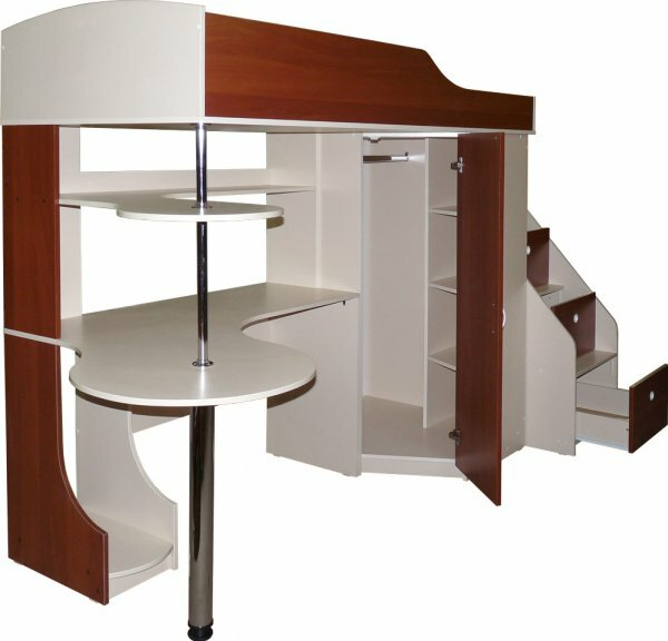 Практичная кровать-чердак со внутренним шкафом-купе