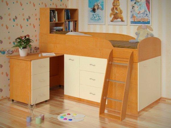 Уголок малыша с выдвижным столиком