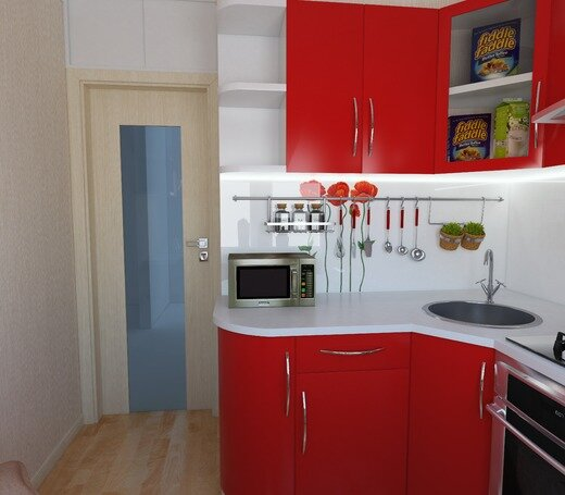 Чтобы кухня в 4 кв. м выглядела эффектно, нужно немного красного цвета, белый фартук с маками и ламинат под дерево