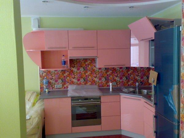Смешиваем розовый, зеленый, синий и заправляем флористичным рисунком