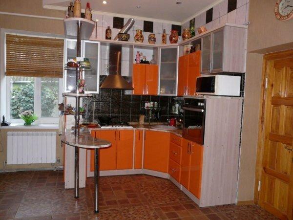 Долой стены! Угловая кухня – прекрасный выход для владельцев малогабаритных квартир