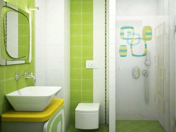 «Весенняя» совмещённая ванная с акцентом на душевой нише