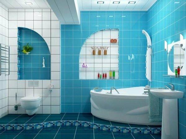 «Морская» ванная комната с «иллюминаторами»