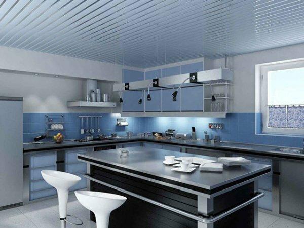 Лаконичный открытый потолок в стиле минимализм