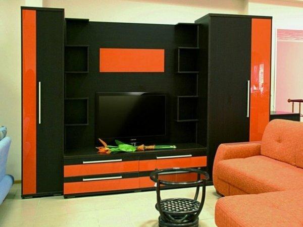 Красно-черная глянцевая стенка
