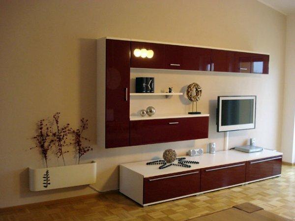 Зеркальная мини-стенка под телевизор