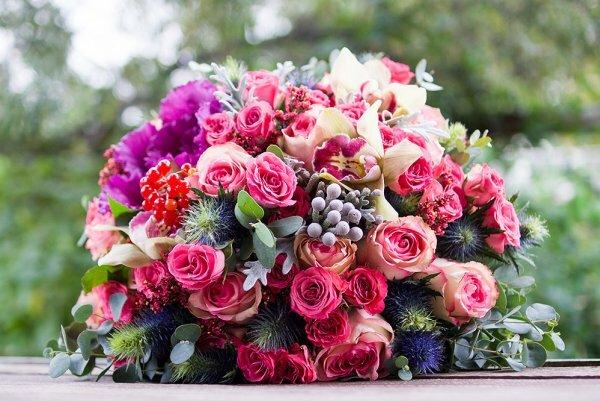 Розы, орхидеи, капуста и калина