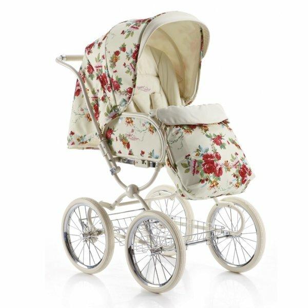 Фото коляски в стиле ретро с цветочным принтом