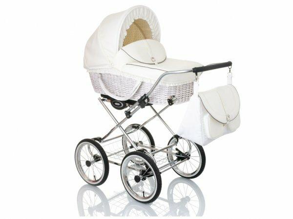 Фото дизайнерской белоснежной коляски