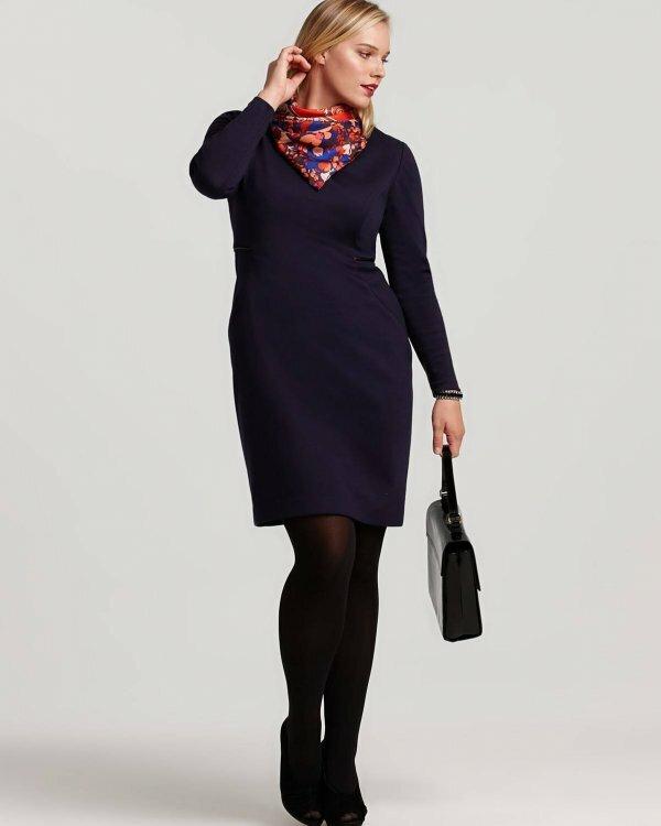 Платье с длинными рукавами подойдет для рабочего дресс-кода