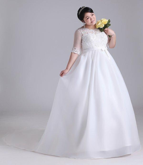 Фото свадебного платья для беременных без корсета с завышенной талией