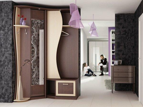 Пример заполнения углового пространства шкафом с одной дверью