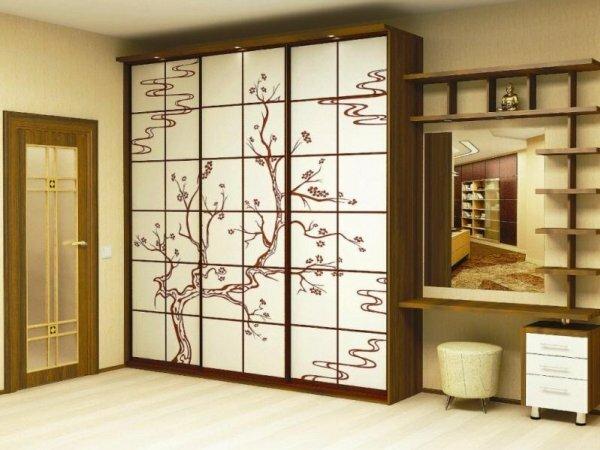 Японская сакура – рисунок выполнен на стекле лакобель