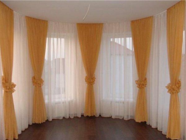 Одна из вариаций на эркерных окнах