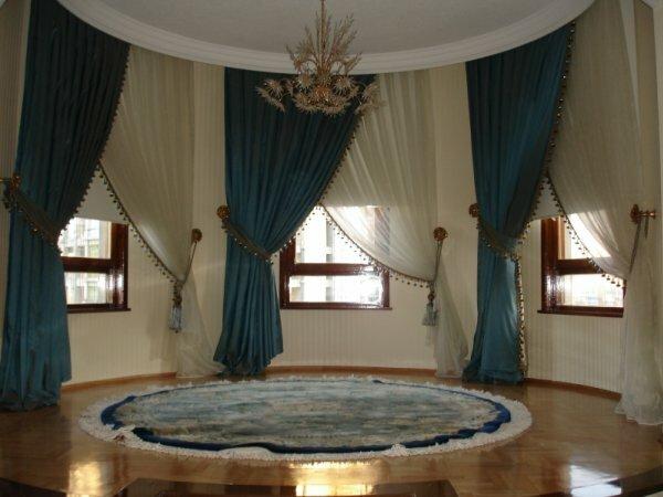Классическое обрамление на два окна – дорого и стильно