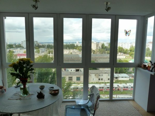 Панорамный балкон сделает вашу квартиру гораздо светлее