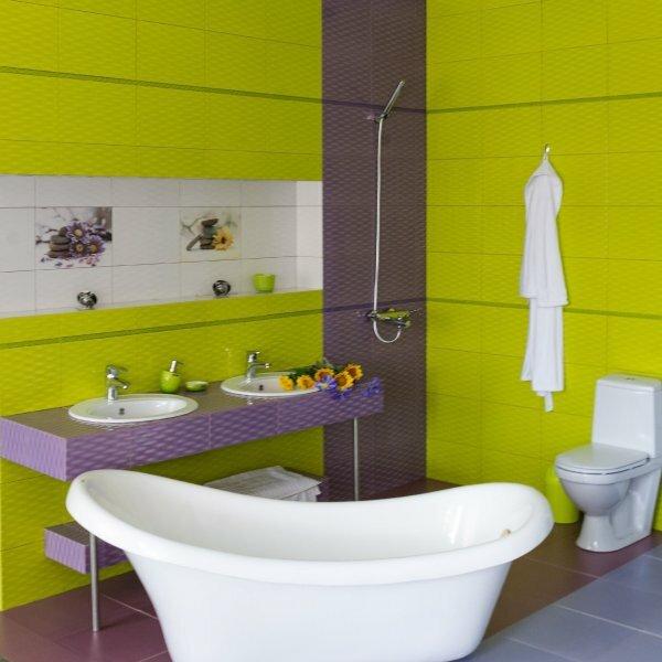 Дизайн плитки для ванной может быть очень ярким, это доказали сотрудники компании Керамин, выпустив серию Примавера