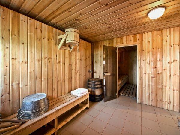 Отделка бани внутри в самом простом интерьере