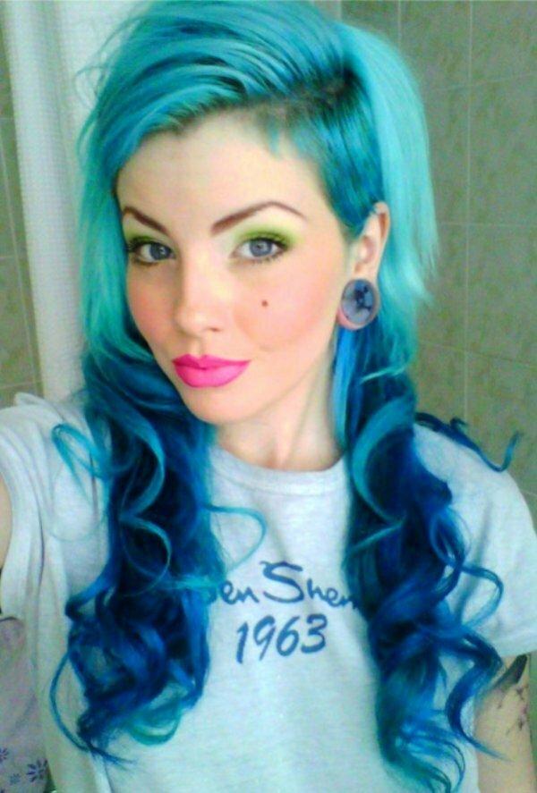 Обратное цветное омбре для светлых волос