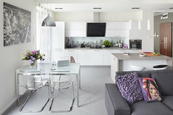 Современный дизайн объединенного пространства кухни-гостиной