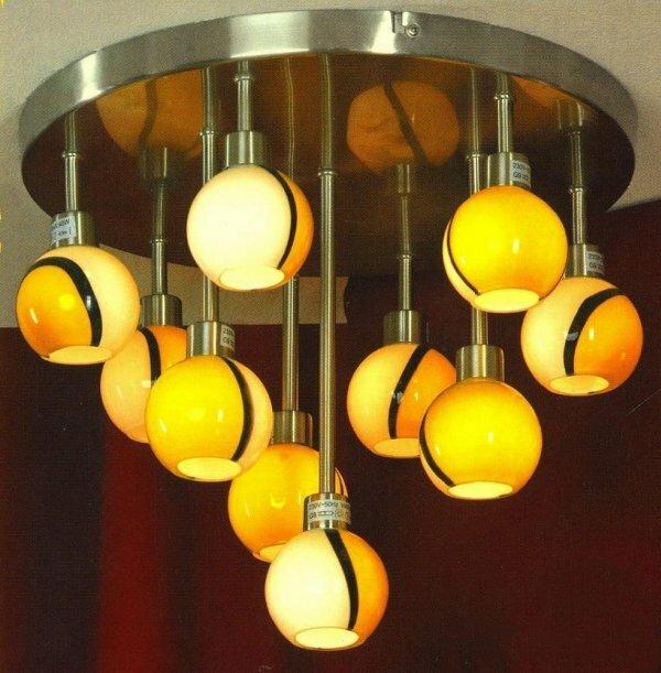 Эффектные люстры для залов и гостиных