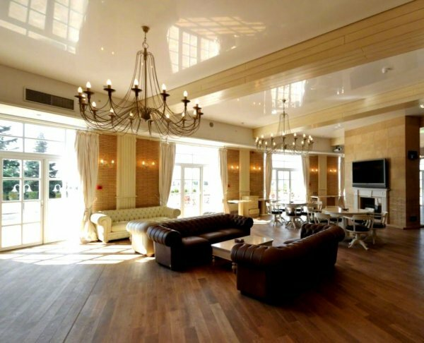 Люстры горизонтально-вертикального (смешанного) типа для высоких потолков