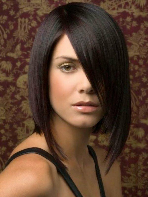 Роскошное удлиненное каре средней длины – идеально для прямых и густых волос