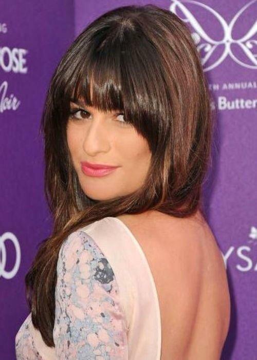 Красно-коричневые волосы звезды сериала Glee Лии Мишель