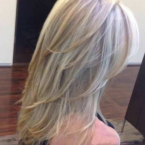 Двойной каскад на тонких длинных волосах
