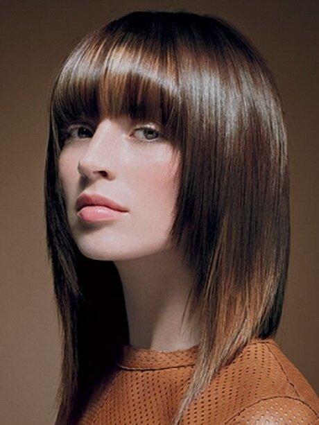 Эффектное каштановое мелирование на русых волосах