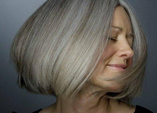 «Легкая седина» на светлых волосах