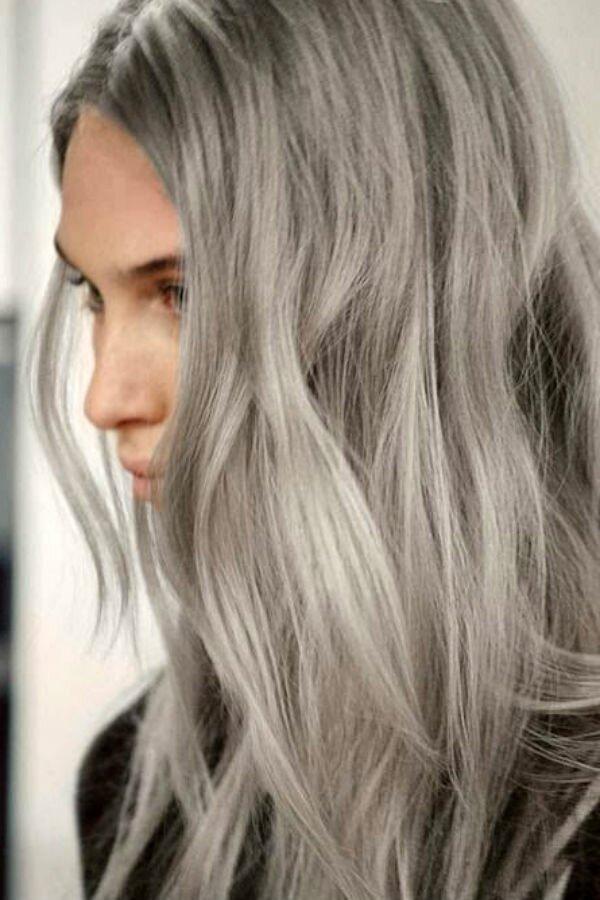 Серо-пепельное мелирование на светлые волосы
