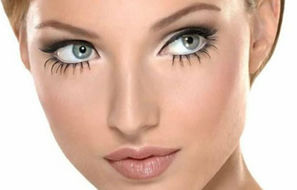 Жирный «арабский» макияж со стрелками для смелых девушек