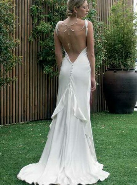 Роскошное белое платье в пол