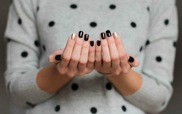 Роскошный черный + золото