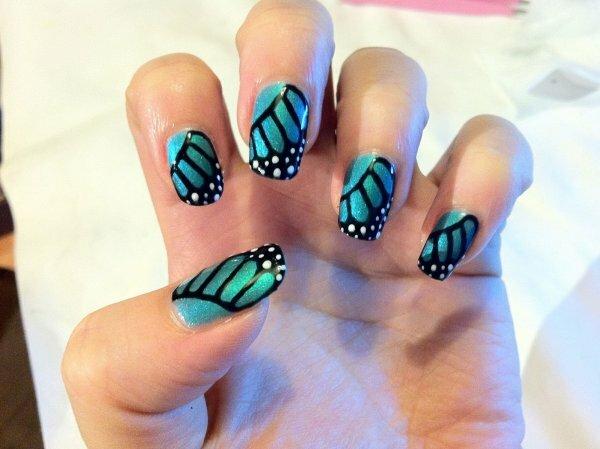 Бирюзовое «Крыло бабочки»