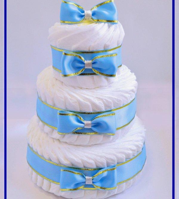 Нежный торт из подгузников «Лакомка»