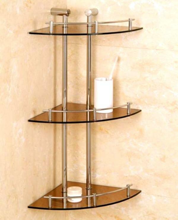 Кроме того, полки могут выполнять декоративные функции, дополняя те или иные предметы интерьера комнаты