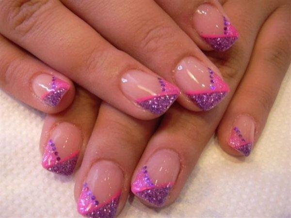 Фиолетово-розовый «шеврон» с блестками